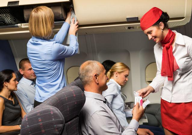 乘客講述在飛機上做甚麼