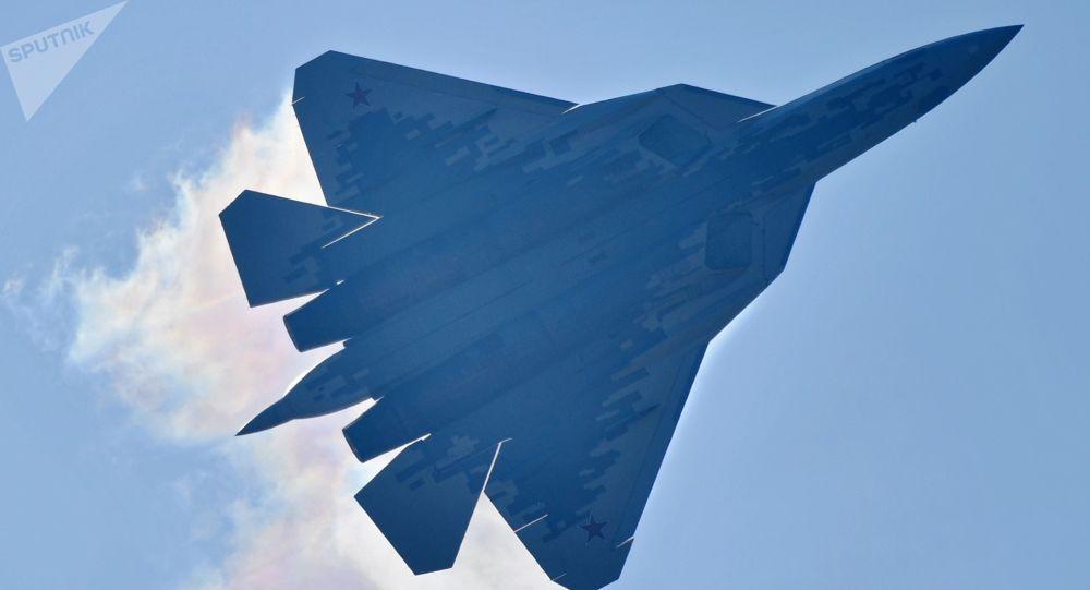 俄空天軍將在年底前接裝首架量產型蘇-57戰機