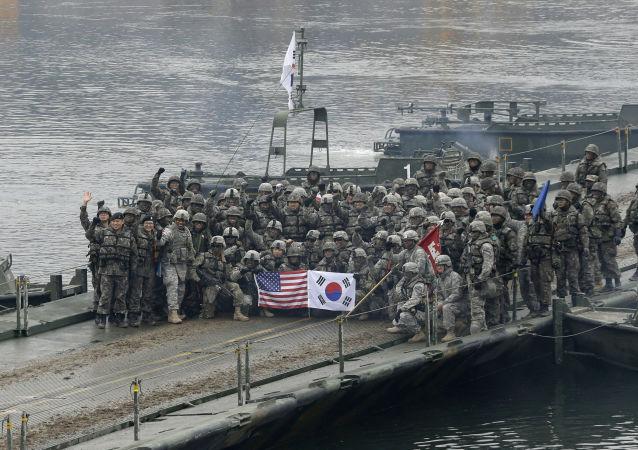 美韓軍事人員