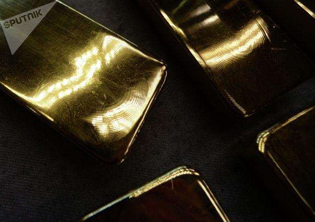 黃金價格在美國對華商品徵收關稅預期下小幅波動