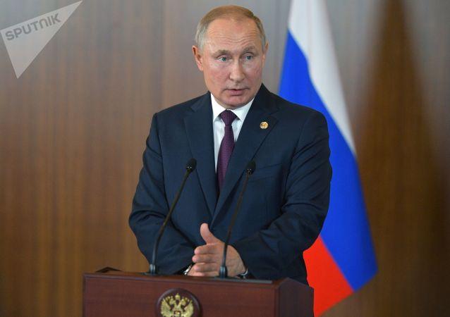 克宮:普京總統與俄安全會議常委討論金磚峰會成果