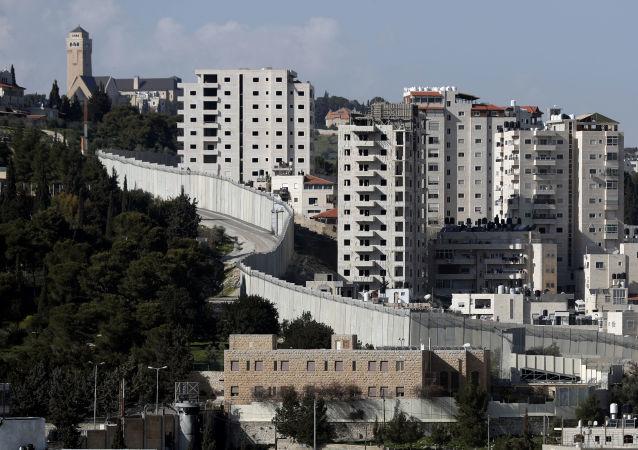 以色列和約旦河西岸之間的隔離牆