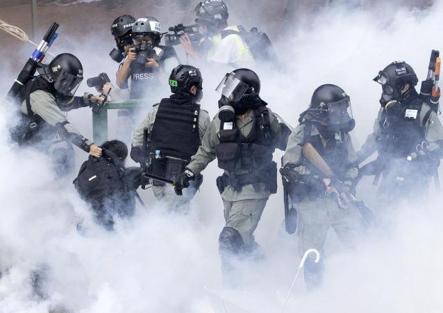 香港警方在五天內拘捕336名抗議者