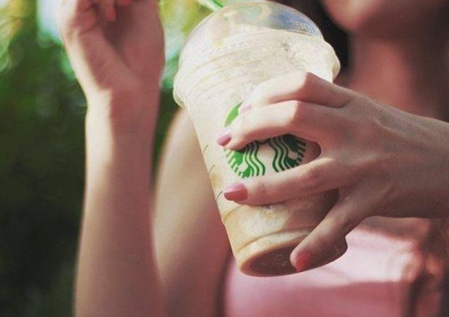 Стаканчик Starbucks