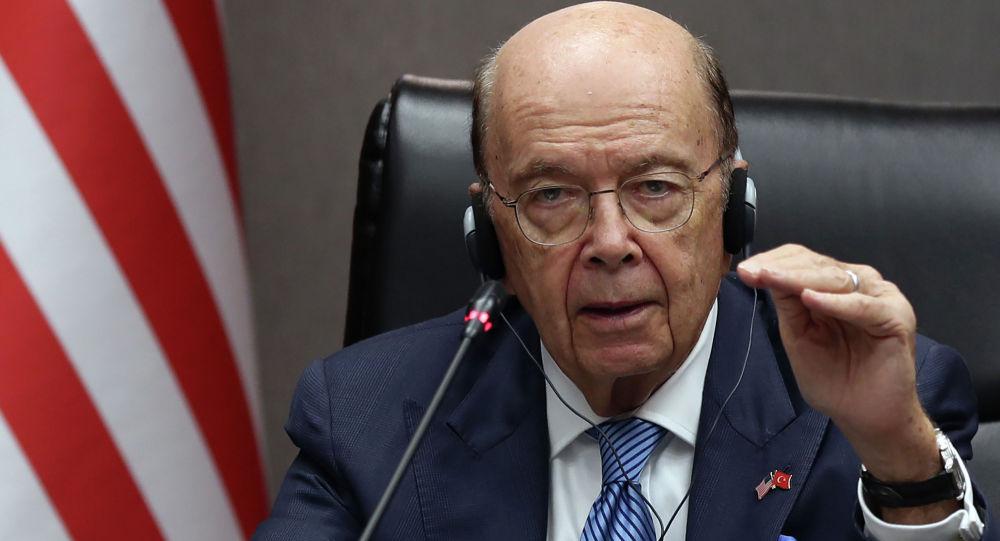 美國商務部長威爾伯·羅斯