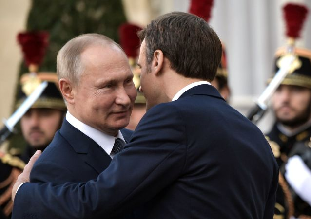 普京與馬克龍相互祝賀反法西斯戰爭勝利75週年