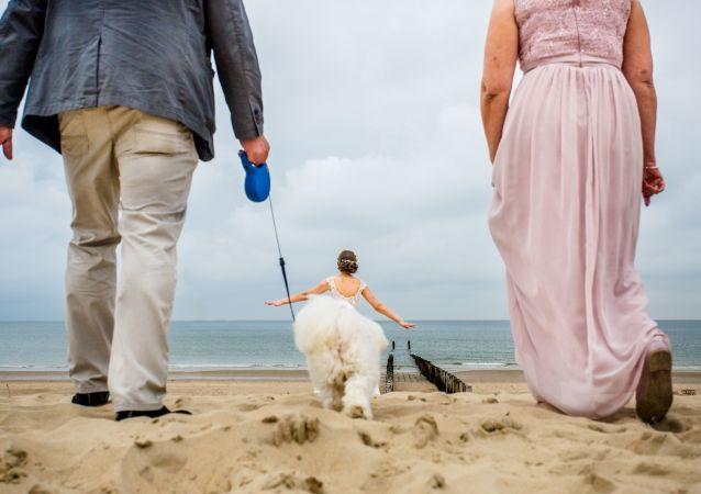 2019年國際婚禮攝影師大賽單張攝影組決賽作品,史蒂文·赫爾沙夫(德國)。