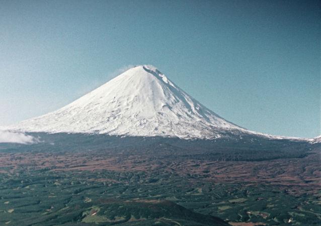 別濟米揚內火山