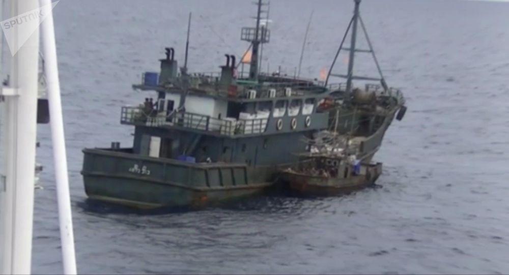 朝鮮木制捕魚船