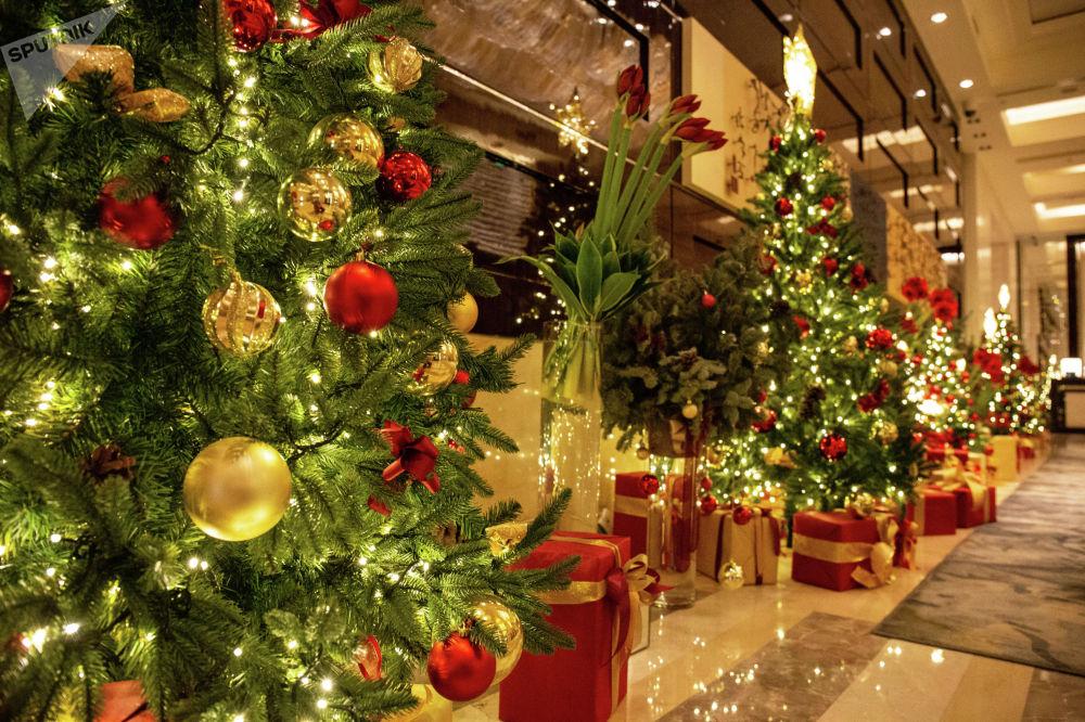 北京四季酒店的聖誕樹營造出聖誕氛圍