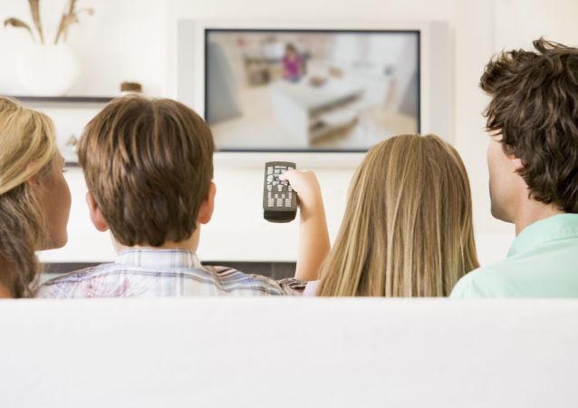 醫生談迷戀電視成癮怎樣影響大腦活動