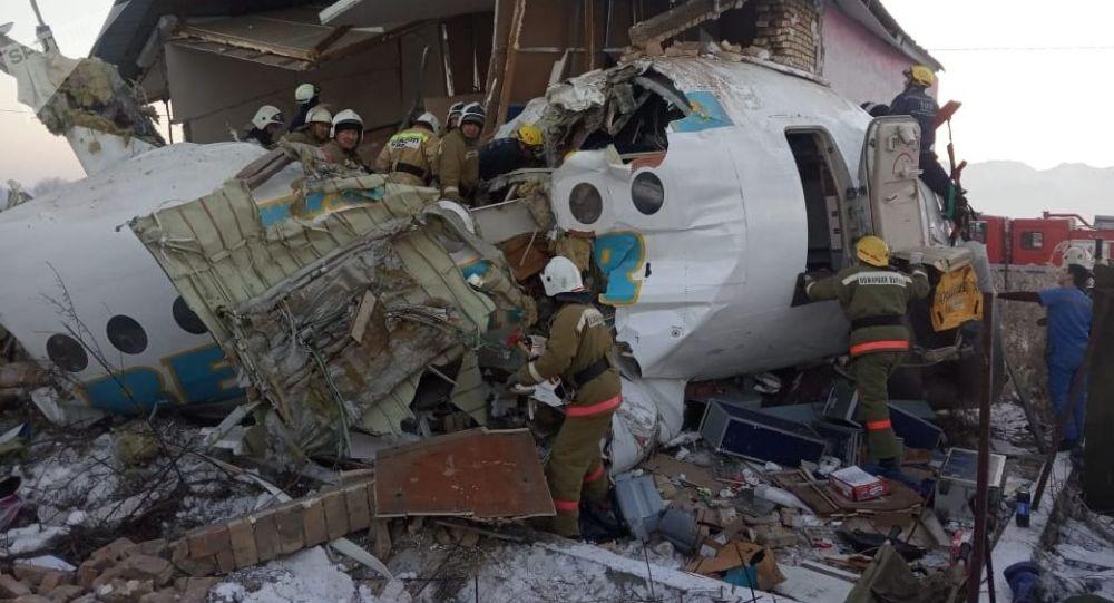 阿拉木圖附近墜毀飛機的飛行記錄儀將被轉到莫斯科進行鑒定
