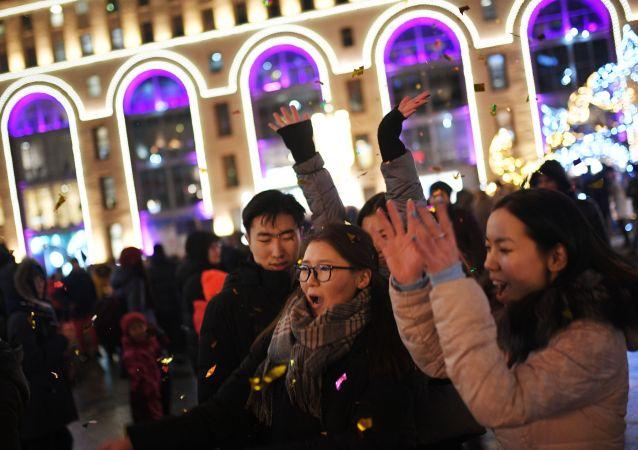 莫斯科市長:新年假期約500萬名遊客到訪俄首都