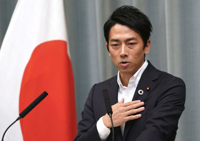 為甚麼日本大臣要休產假?