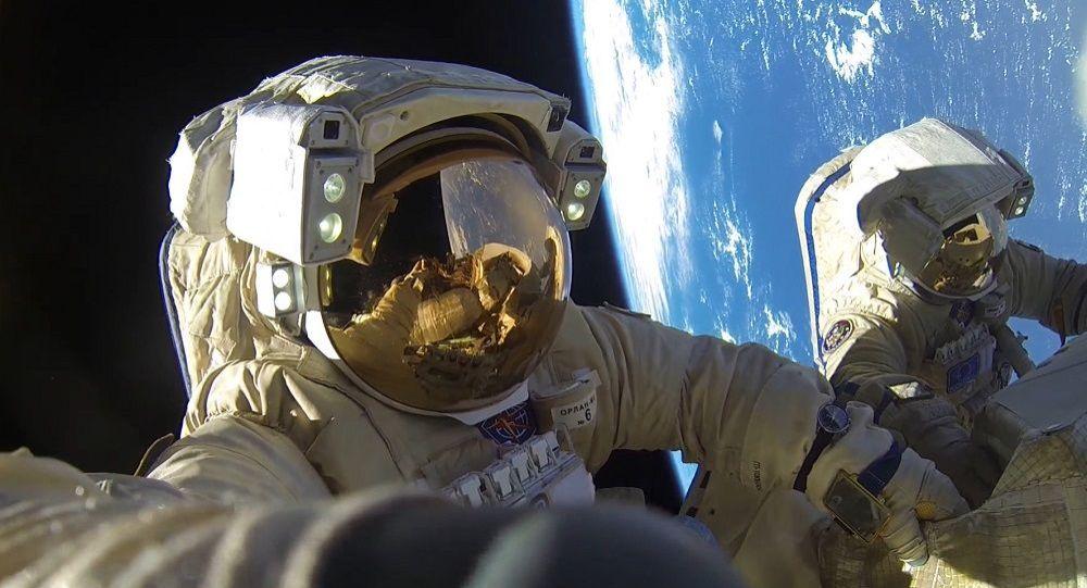 俄未來新建空間站宇航員可能將持有武器