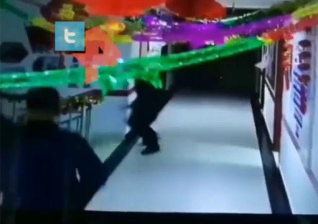 中國6.4級地震視頻曝出