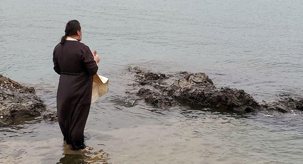 在香港的中國南海中進行了宗教儀式