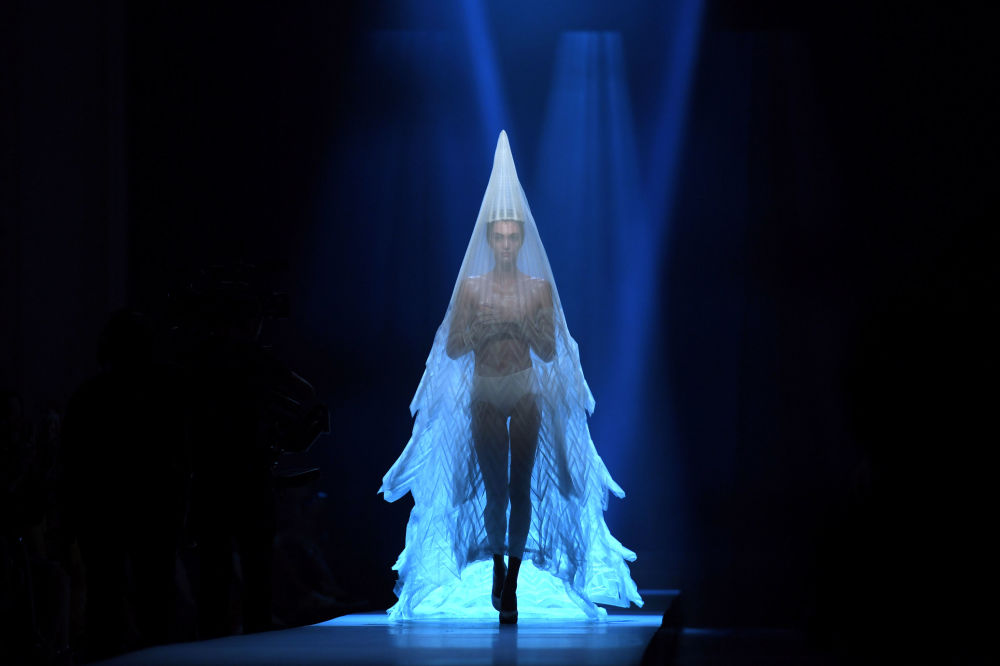 讓-保羅·高緹耶時裝秀