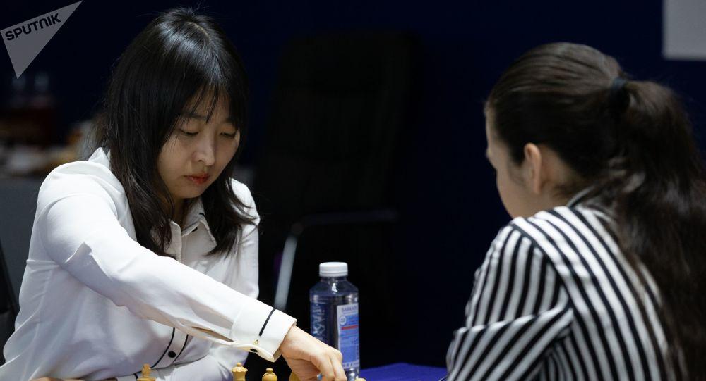 中國國象選手居文君衛冕國際象棋女子世界冠軍
