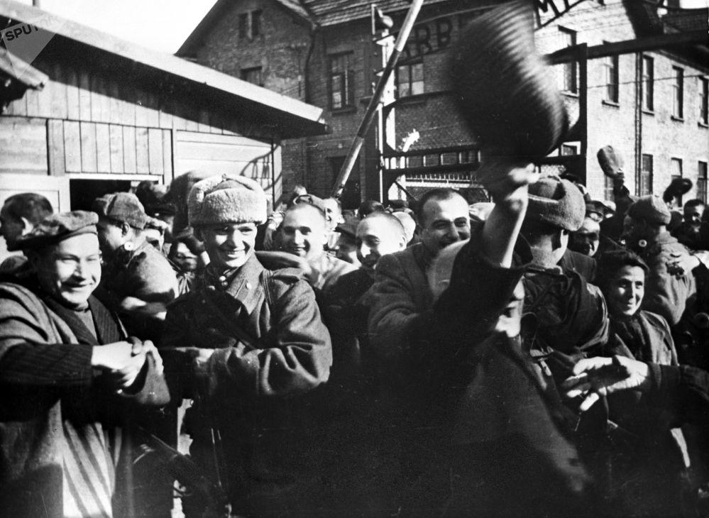 奧斯威辛集中營解放75週年