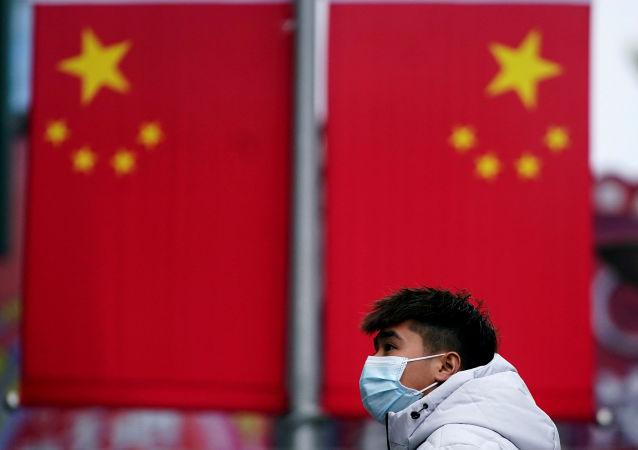 中國國防部:解放軍向12國軍隊提供防疫物資援助