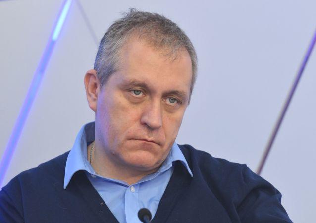 鮑里斯∙梅茹耶夫