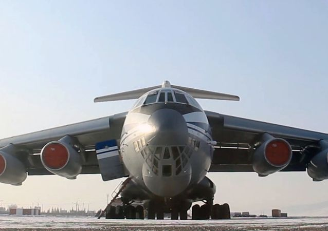 伊爾-76軍用運輸機