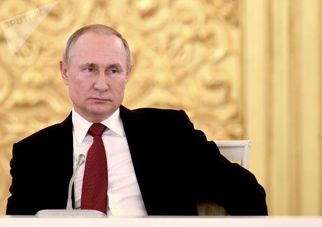 普京在與澤連斯基會談時提出基輔是否打算真正去執行明斯克協議這一問題