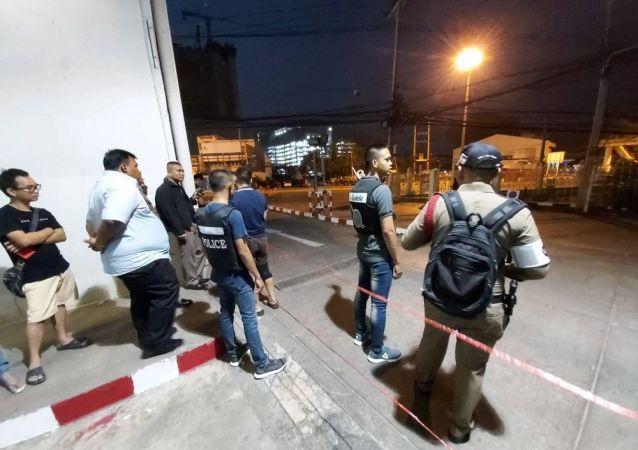 泰國警方:槍擊案兇手攜武器藏匿於商場倉庫