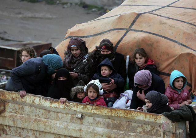 難民在敘利亞伊德利卜省