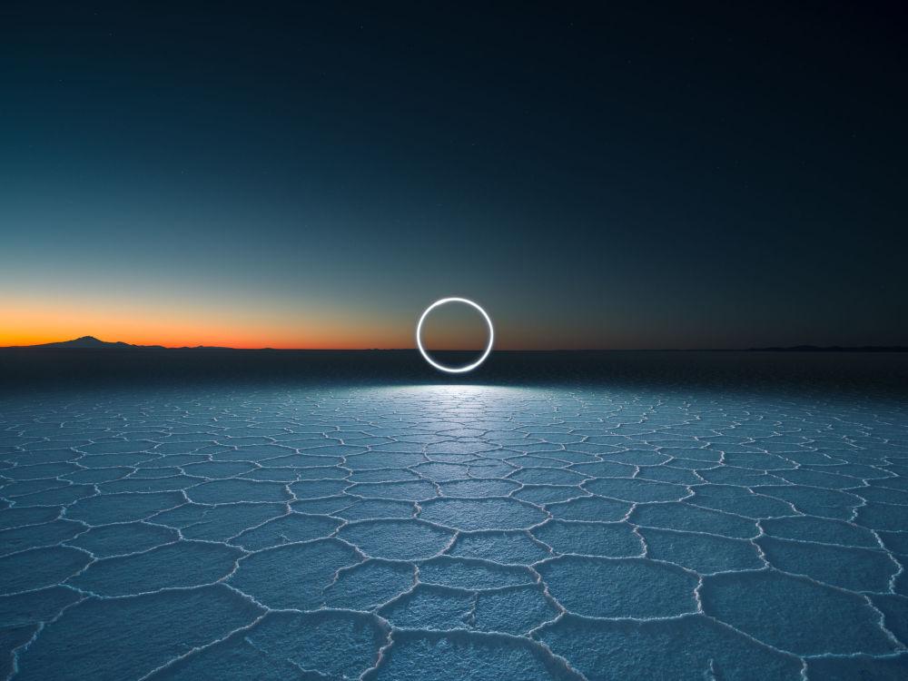 英國專業攝影師魯本·吳的攝影系列《無盡之地》中的作品《XT1876》
