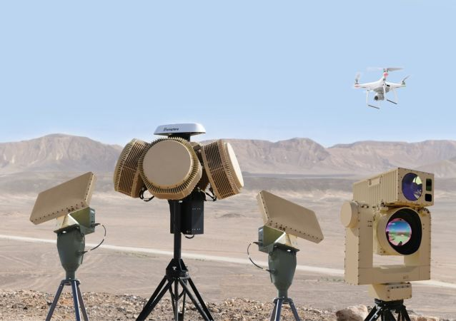 以色列防務公司研發的反無人機激光炮測試成功