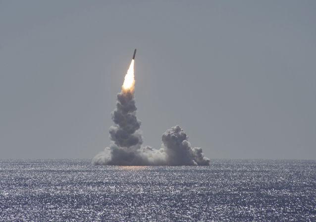 俄議員:美國可能用導彈包圍中國