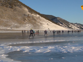 貝加爾湖「冰上風暴」國際極限馬拉松
