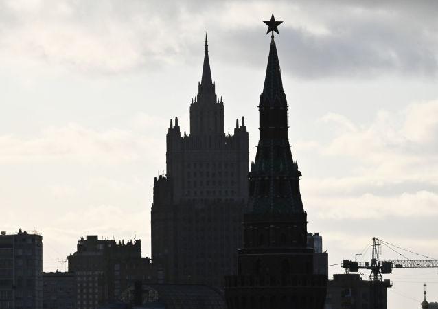 克宮就日本不滿俄方在鄂霍次克海進行地質勘探一事評論稱,俄羅斯有在本國領土開展任何研究的主權權利
