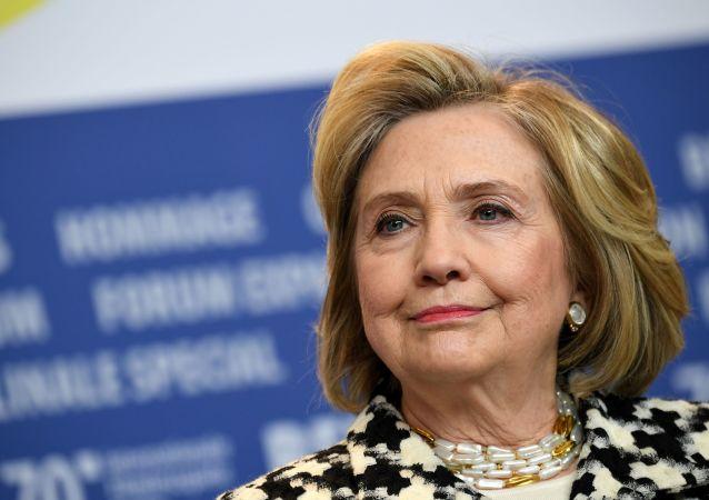 希拉里承認2016年參加總統辯論時曾想「讓特朗普閉嘴」
