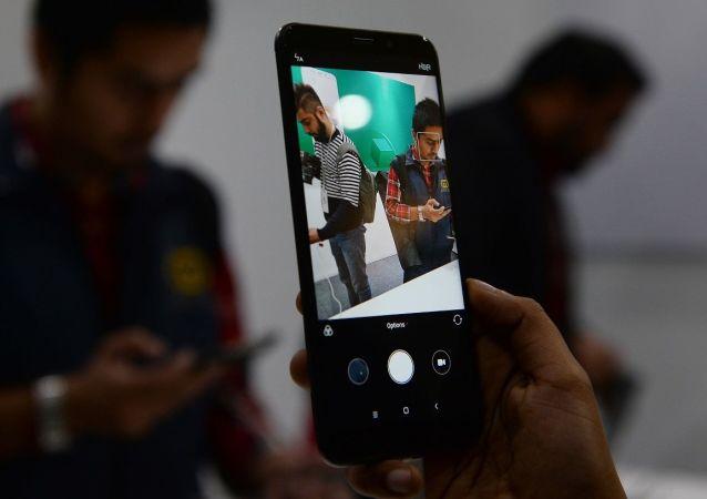 小米Redmi Note 9S手機是目前俄智能手機市場中最好的新款經濟型手機