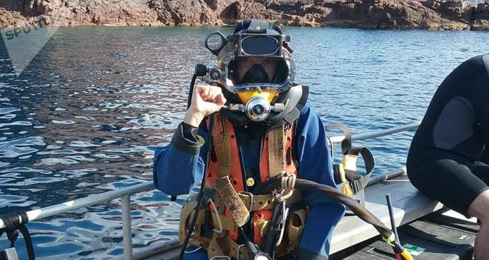 女潛水員阿克薩娜·捨瓦里耶不想放棄自己喜愛的職業