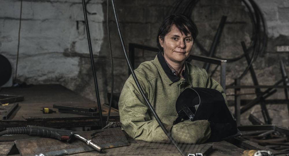 一些焊接工種,依然屬女性禁止職業