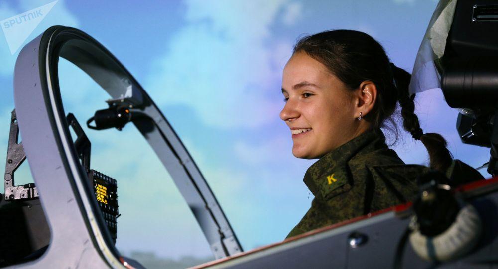 克拉斯諾達爾飛行員軍校的女學員們