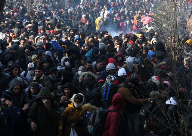 埃爾多安:大約15萬名難民從土耳其出發前往希臘