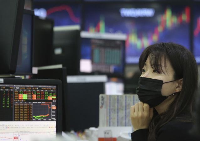外商為何狂買中國國債?