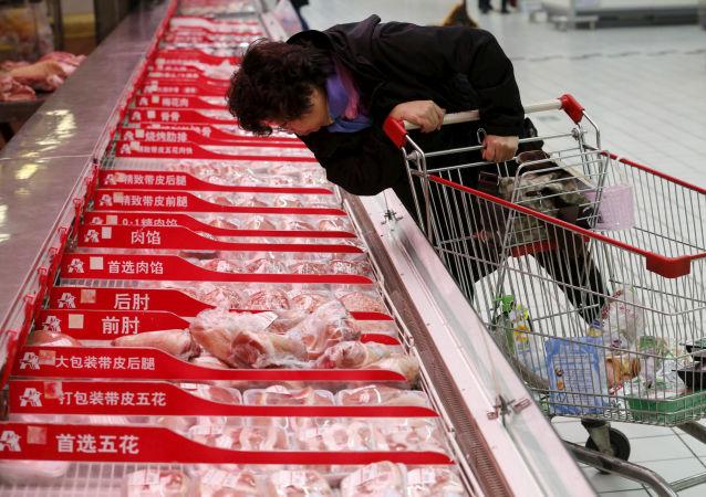 中國向市場再投放近7000噸中央儲備凍豬肉
