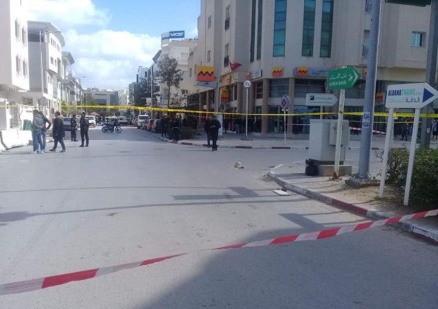 美國駐突尼斯大使館附近恐襲事件造成一名安全人員死亡