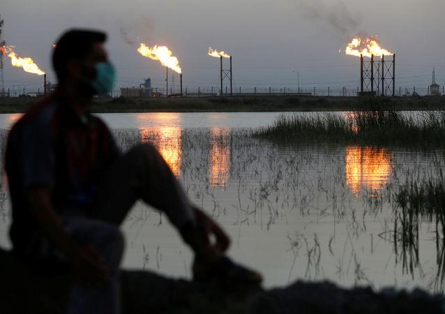 布倫特原油期貨價格超過每桶34美元