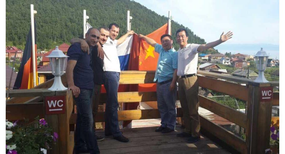 李勝軍和朋友在伊爾庫茨克