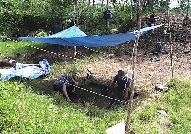 考古學家發現最大最早瑪雅建築