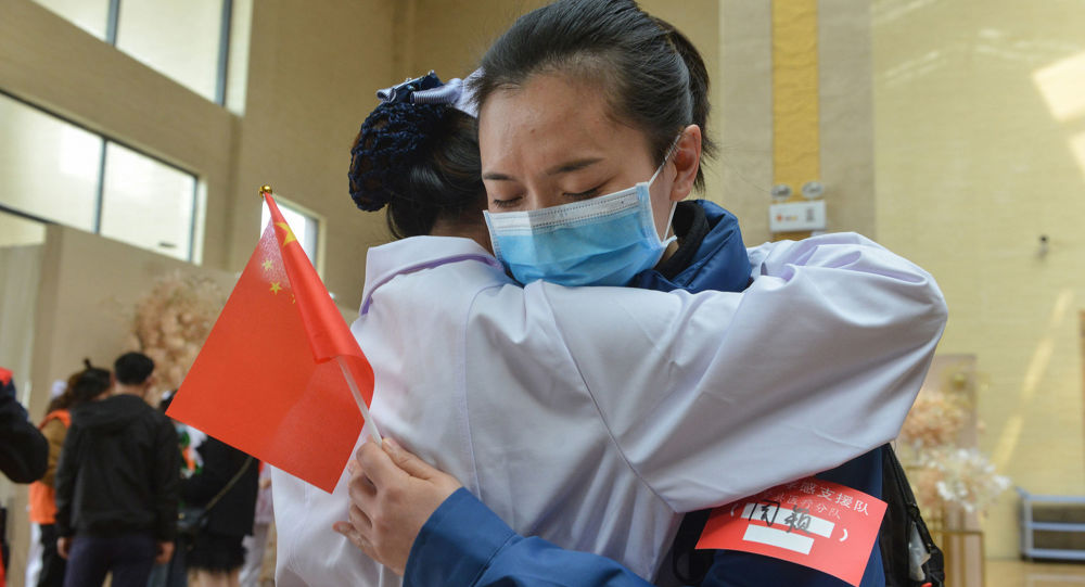 醫生談抗擊新冠病毒之書 從中汲取中國經驗