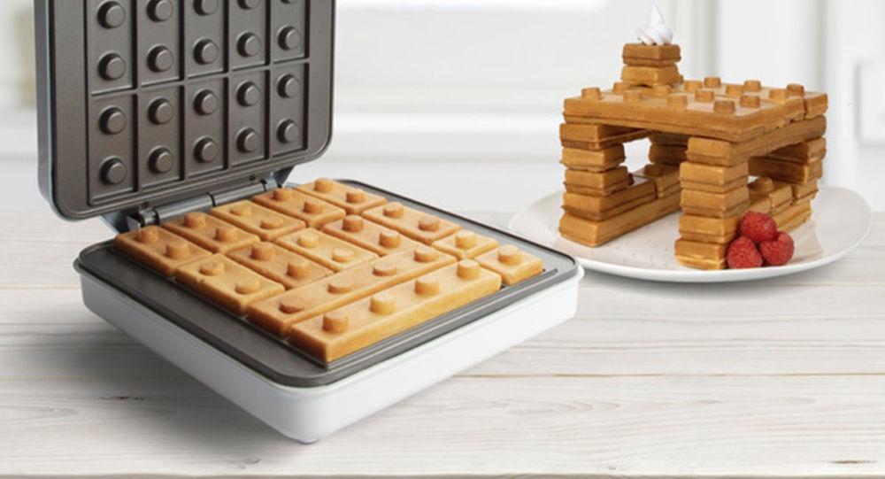 樂高早餐:有創意的華夫餅製作模具