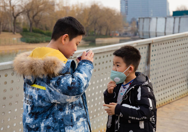 科學家解釋口罩對兒童保護性差的原因